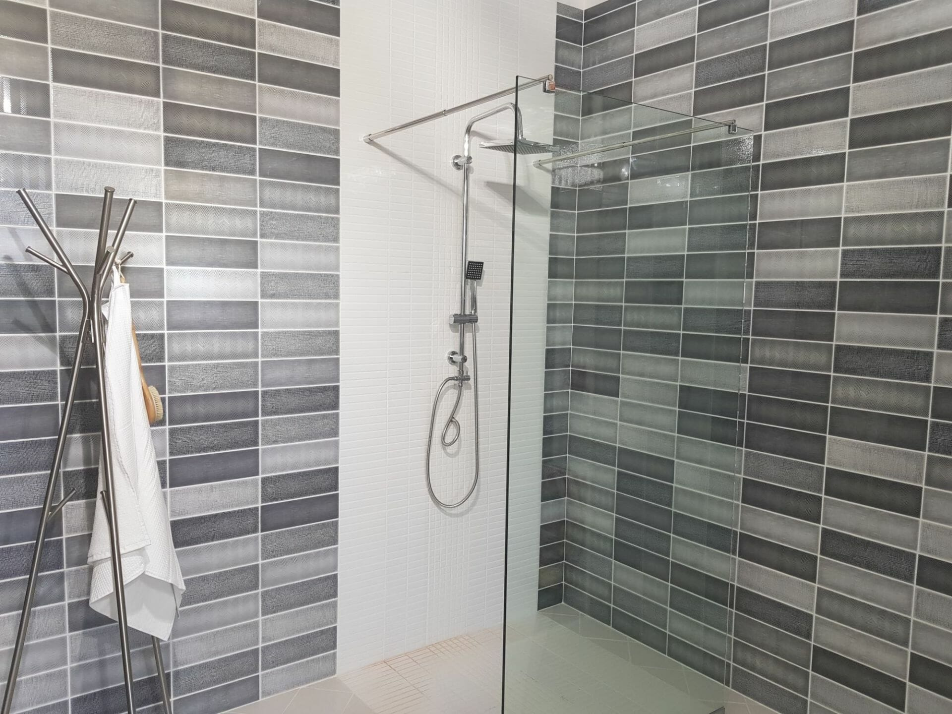 Tiles Online Devon Somerset Bathroom Kitchen Mediterraneo Grey Tile Mix