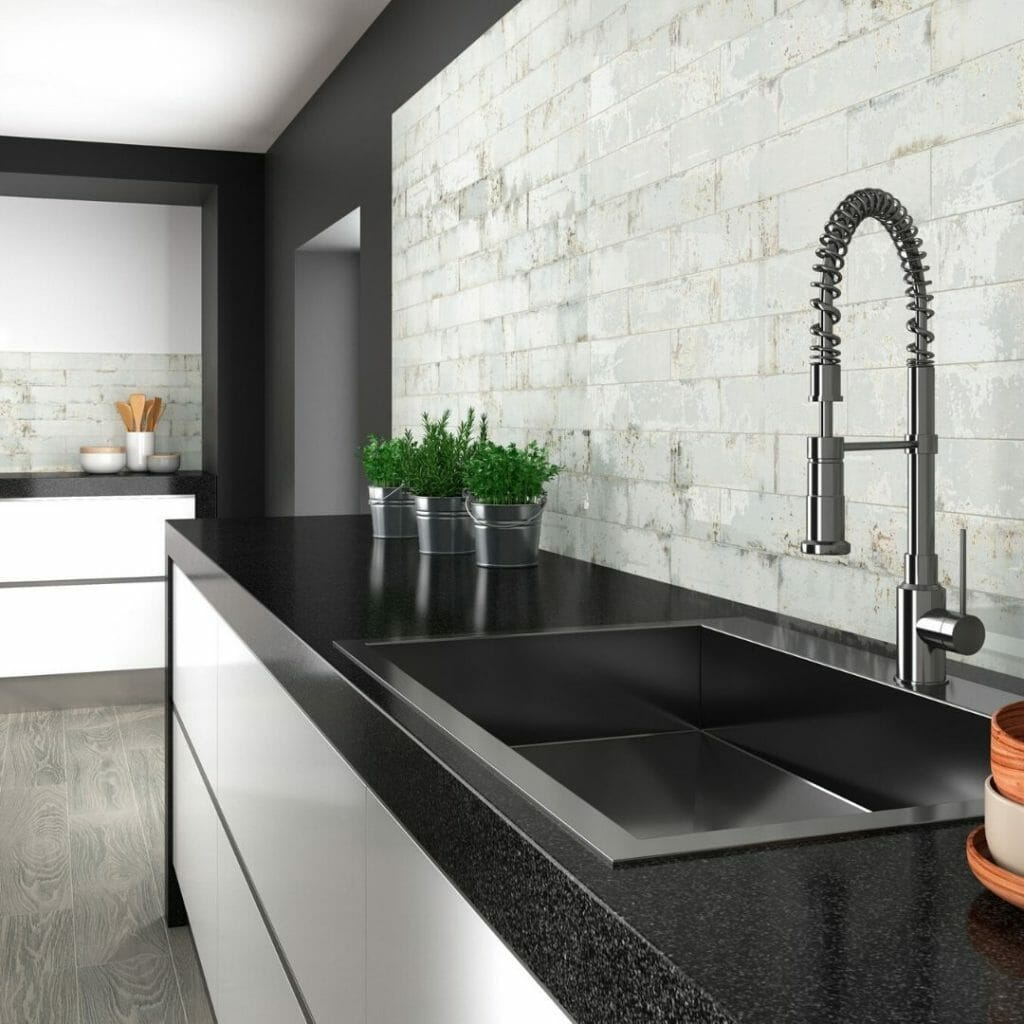 latest-tile-trends-online-grunge-metro-brick-style-wall